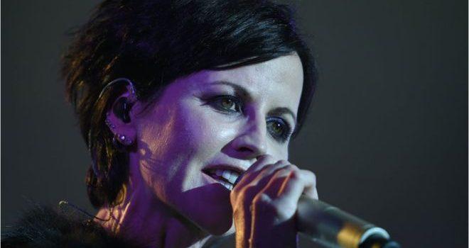 Muere a los 46 años Dolores O'Riordan, la vocalista de la banda irlandesa de rock The Cranberries