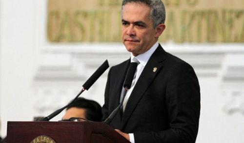 Mancera decidirá el fin de mes si deja la CDMX y va por senaduría