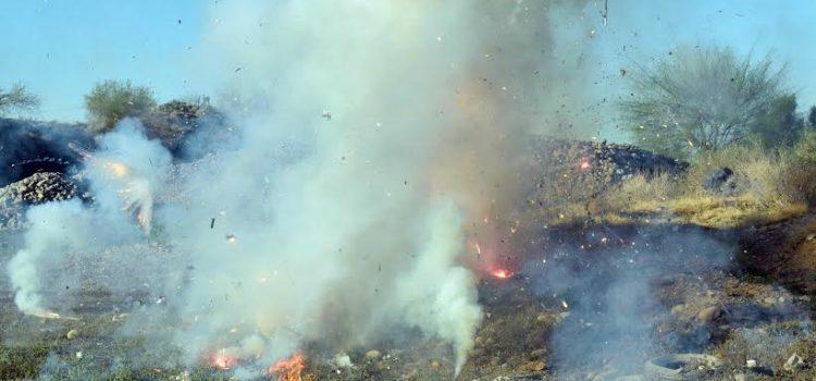 Destruye UPMC pirotecnia asegurada en puestos ilegales