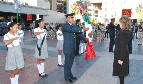 Es Bandera Nacional símbolo de los más altos valores de los mexicanos: Angelina Muñoz