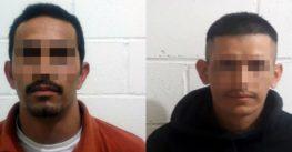 Detienen agentes de la fiscalía general de justicia a presuntos robacarros