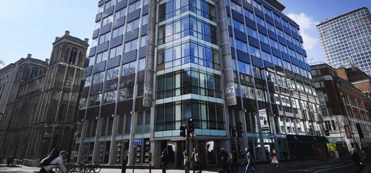 INE 'se lava las manos' en escándalo de Cambridge Analytica; niegan a Arielle Dale