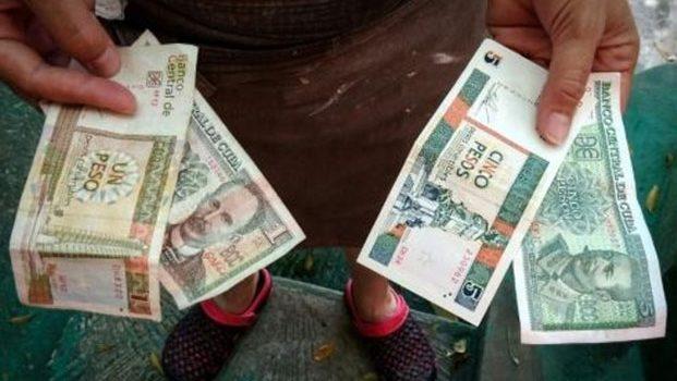 Cuba admitió errores y retrasos en reformas económicas