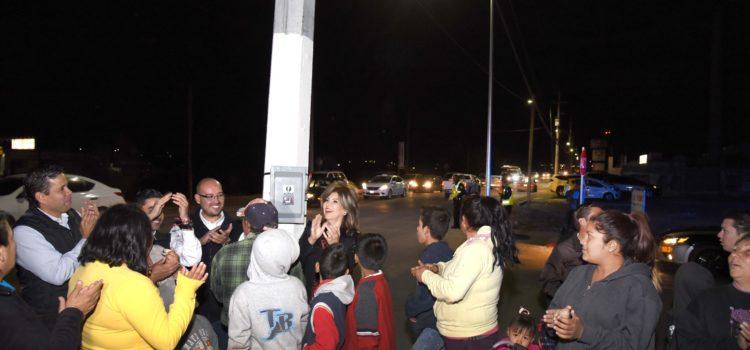 Realizan reconversión de luminarias en bulevar Lázaro Cárdenas