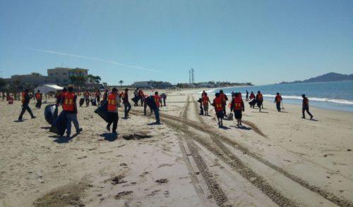 Servicios Públicos y Seguridad Pública refuerzan limpieza de Bahía de Kino