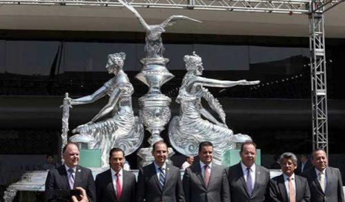 Develan en San Lázaro escultura de 2 mdp