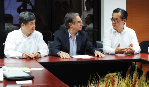 Interesa a China invertir en Sonora en sectores minero y energético