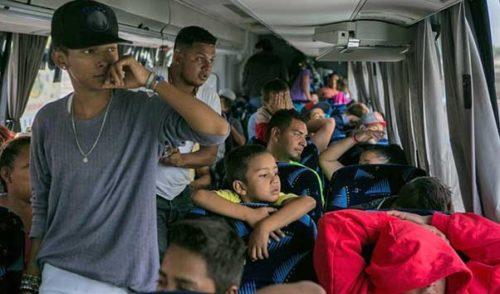 Caravana migrante llega a la frontera con EU