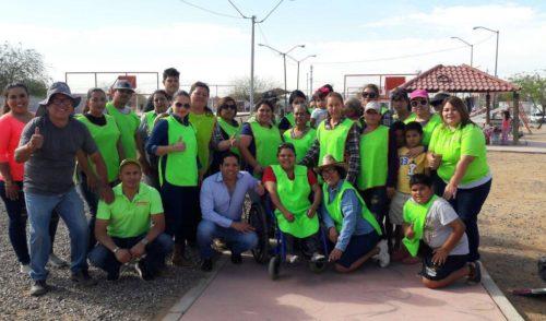 Vecinos de la Solidaridad mejoran su parque