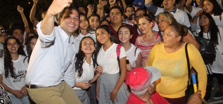 En la colonia Palo Verde la gente también va por la renovación de Hermosillo