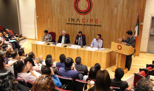 Demagógica la propuesta de eliminar el fuero: Diego Valadés en el INACIPE