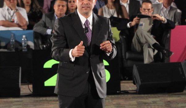 Ernesto De Lucas gana el debate con la propuesta de renovar Hermosillo
