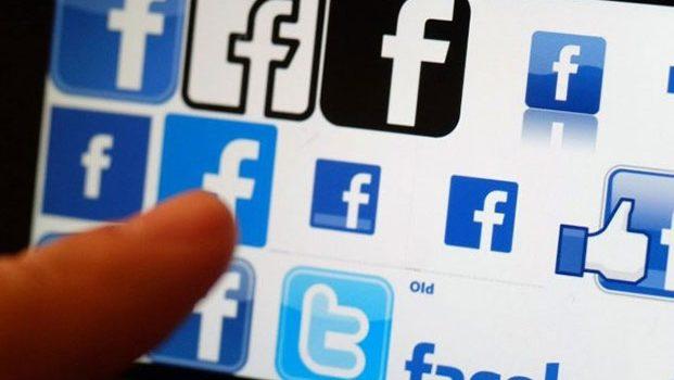 Facebook suspende 200 aplicaciones por mal uso de datos