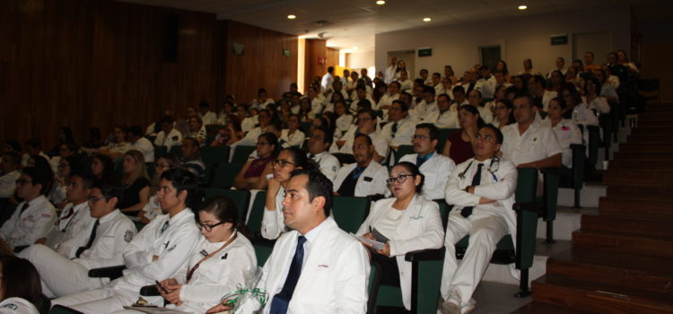 IMSS Sonora capacita a médicos con segunda jornada médica