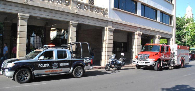 Controlan Bomberos de Hermosillo connato de incendio en Palacio Municipal