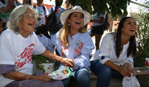 """""""La hacienda de la Flor sí es mía"""": Flor Ayala"""