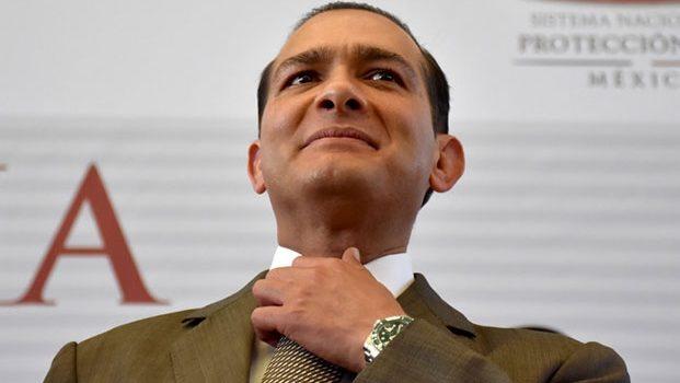 Exigen detención de exfiscal de Veracruz