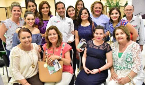 Respaldan familias hermosillenses a Maloro Acosta