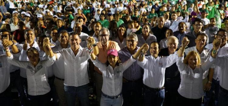 Reciben Sylvana y Maloro apoyo de familias de Guaymas y Empalme