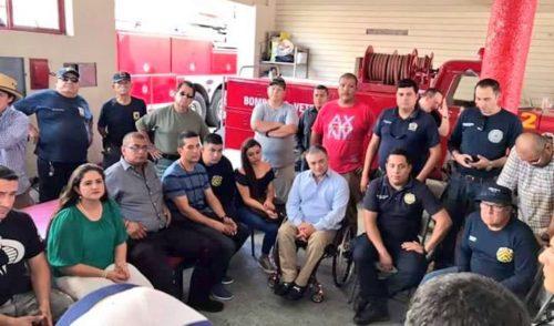 Se reúne Célida López con bomberos