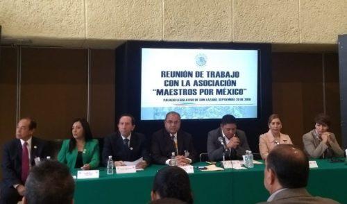 Surge 'Maestros por México', grupo afín a Elba Esther Gordillo