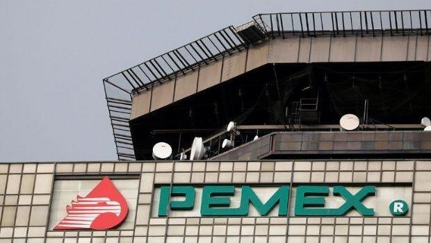 Ocho grupos saquean combustible a Pemex