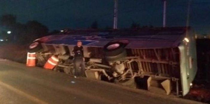 Vuelca autobús en la México-Querétaro; reportan 20 lesionados