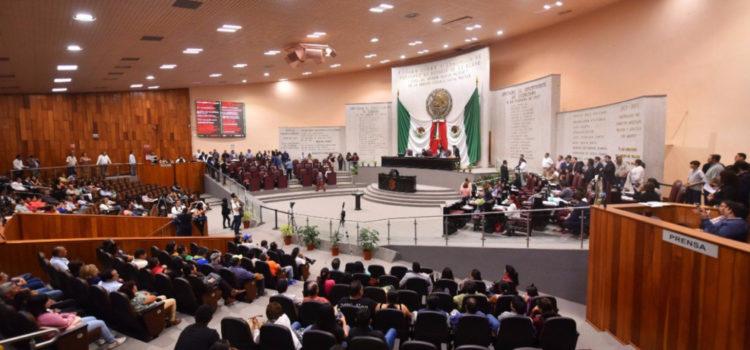 Congreso de Veracruz aprueba 'ley antimemes'