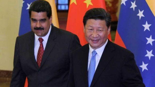 China respalda a Nicolás Maduro