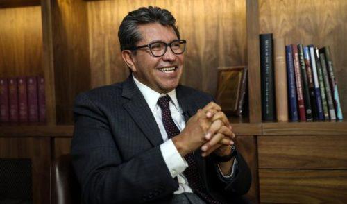 Monreal 'disfrutó' aplanadora de Morena para aprobar Acuerdo 98