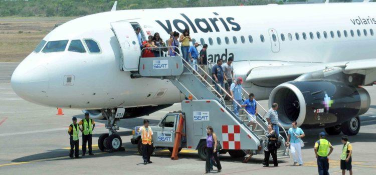 Turbulencia en vuelo de Volaris deja 45 lesionados