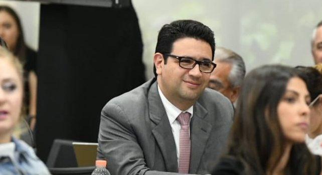 Tribunal Electoral ordena a Senado tomar protesta a Noé Castañón