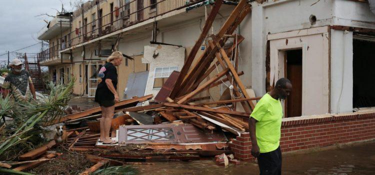 Aumentan a 19 los muertos por huracán Michael