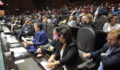 Morena propone aumentar el periodo de sesiones en Congreso