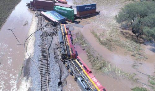 Se descarrila tren en Michoacán tras intensas lluvias