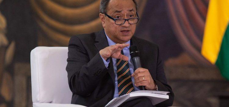 En pago a docentes, SAT recauda casi 37,000 millones de pesos de ISR