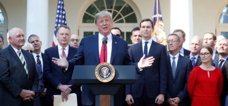 """USMCA es el acuerdo """"más importante"""" de la historia estadounidense: Trump"""