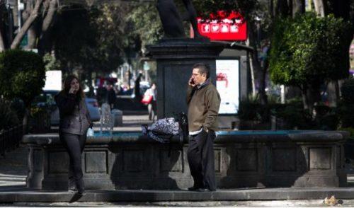 Va Morena por erradicación de acoso telefónico de bancos