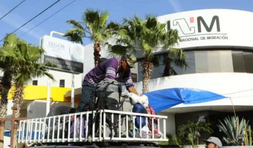 Dejan a más de 70 migrantes a disposición del Instituto de Migración en Hermosillo