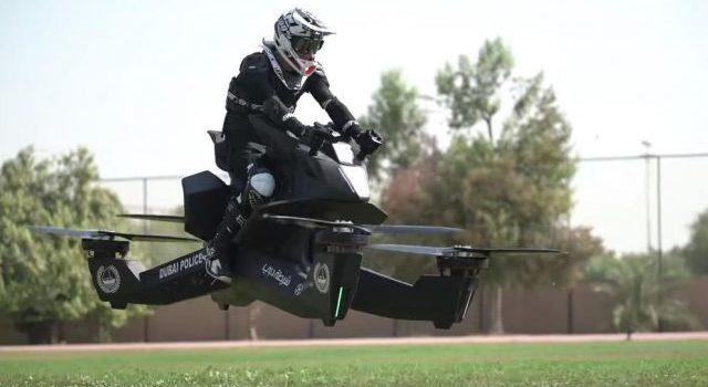 La policía de Dubai patrullará con motocicletas voladoras