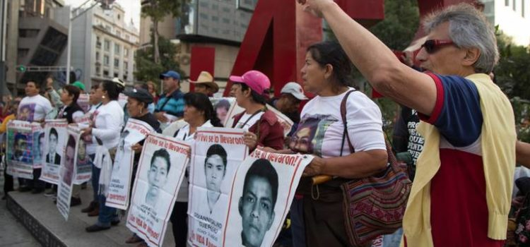 CNDH documenta tortura a 70 imputados del caso Ayotzinapa