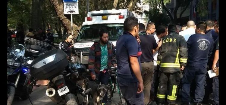 Balean al líder de bomberos en la Ciudad de México