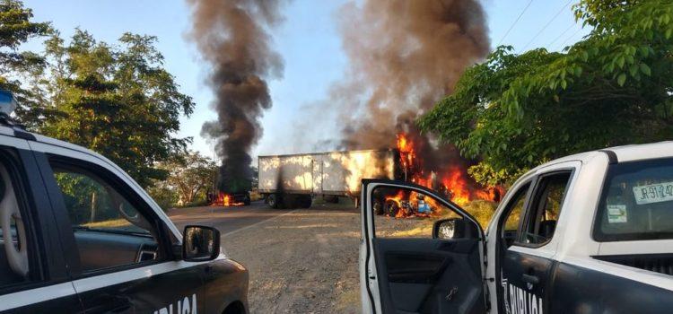Un muerto y vehículos incendiados deja enfrentamiento en Jalisco