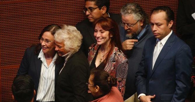 Otorga Senado licencias indefinidas a Sánchez Cordero y Nahle