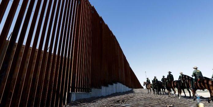 EEUU no presentará cargos criminales a 42 migrantes de caravana
