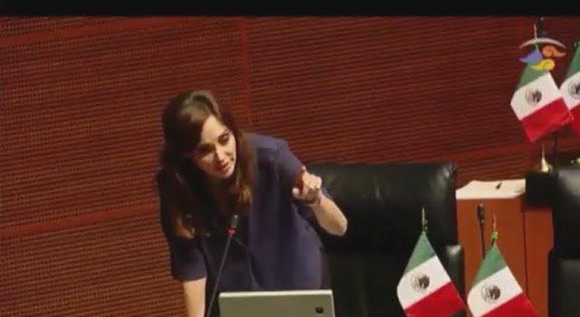 Lilly Téllez interrumpe sesión en Senado y protesta por condecoración a Kushner