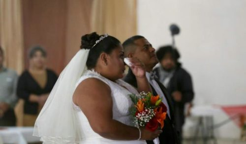 Pareja hondureña de la Caravana Migrante contrae matrimonio en Tijuana
