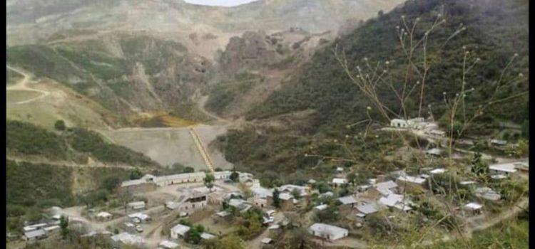 Desaparecidos dos mineros tras derrumbe