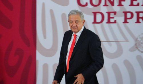 Presupuesto 2019 incluye mil millones de pesos para 100 universidades públicas: López Obrador