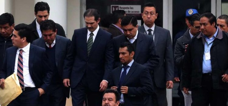 Tribunal ordena reducir fianza de Guillermo Padrés